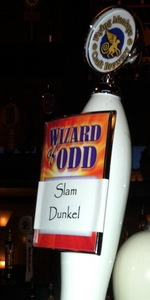 Flying Monkeys Slam Dunkel