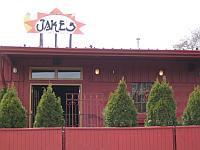 Jake's Bar & Grille