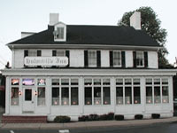 Hulmeville Inn