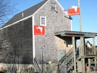 Marshall Wharf Brewing Company / Three Tides Restaurant
