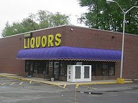 Vinnin Square Liquors