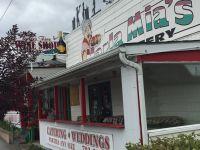 Marla Mia's and Front Street Market