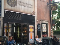 Monks Café