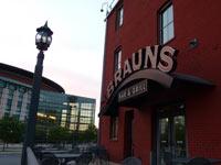 Brauns Bar & Grill