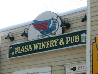 Piasa Winery & Pub