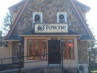 O'Towne Tavern