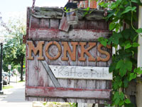 Monks Kaffee Pub