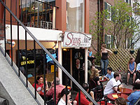 Shays Pub & Wine Bar