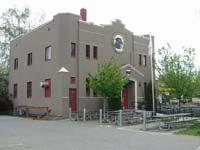 Lucky Labrador Public House